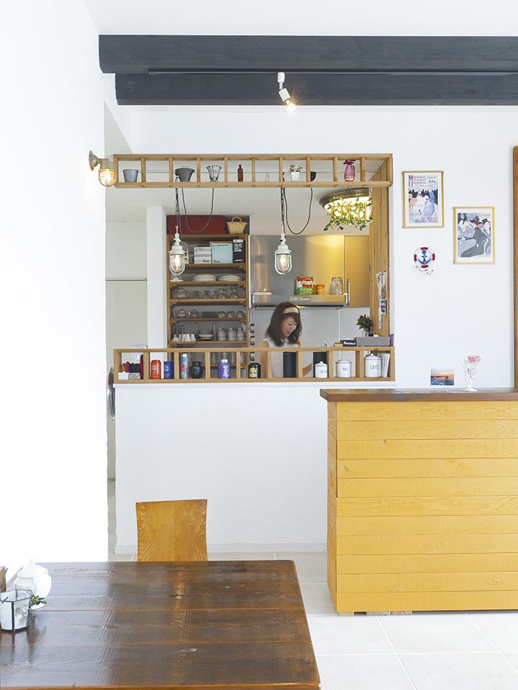 海カフェのカウンター