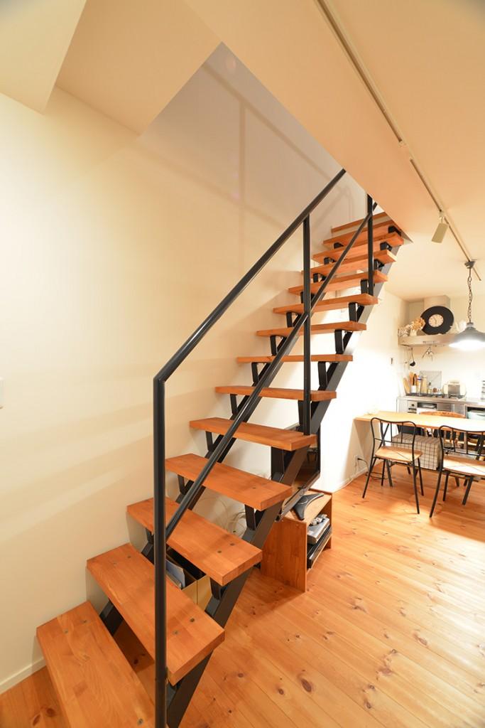 無垢の家 階段